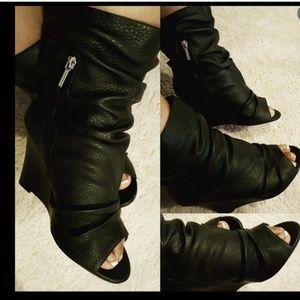 Torrid black scrunched peep toe wedge booties 10W